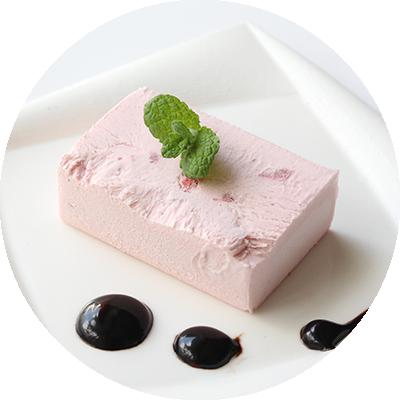アイスストロベリーケーキ
